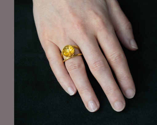 22ct gold buttercup ring
