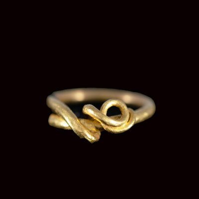 Vine tendril ring