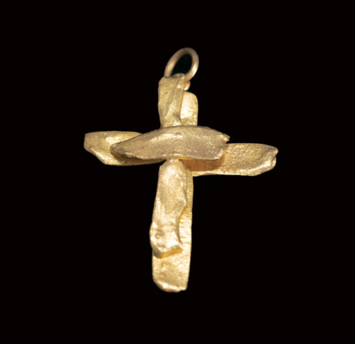 22ct gold cross meleted metal hand made