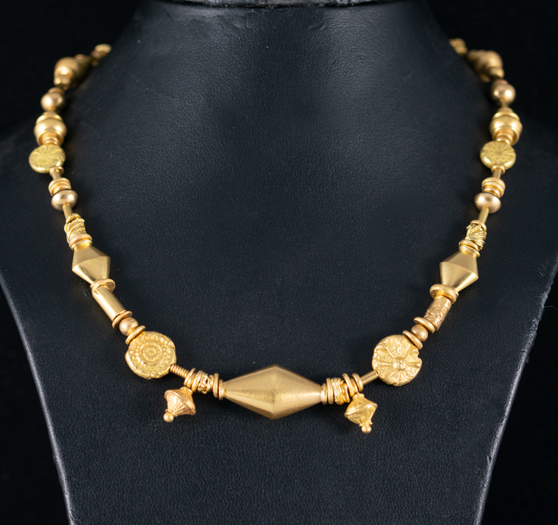 22ct gold mixed bead necklace